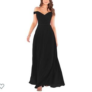Dresses & Skirts - Off the shoulder gown
